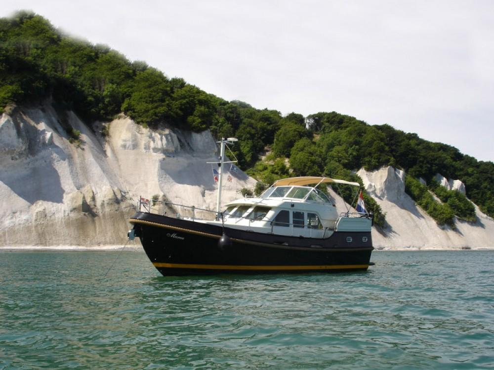 Rental Motor boat in Lübeck - Linssen Linssen Grand Sturdy 380 AC
