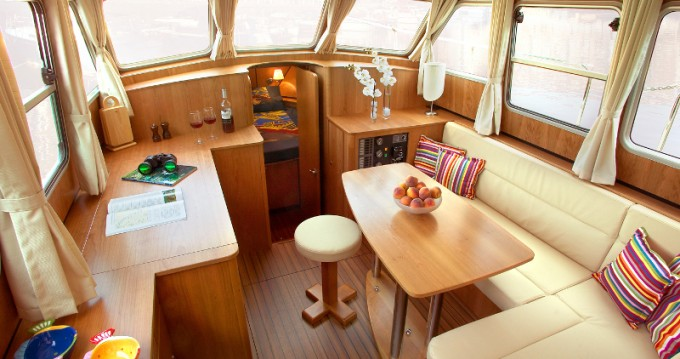 Hire Motorboat with or without skipper Linssen Neuhof