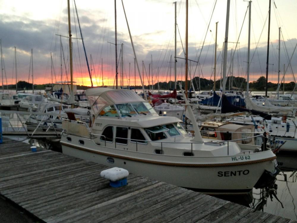 Rental Motor boat in  - Linssen Linssen Grand Sturdy 29.9 AC