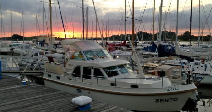 Boat rental Neuhof cheap Linssen Grand Sturdy 29.9 AC
