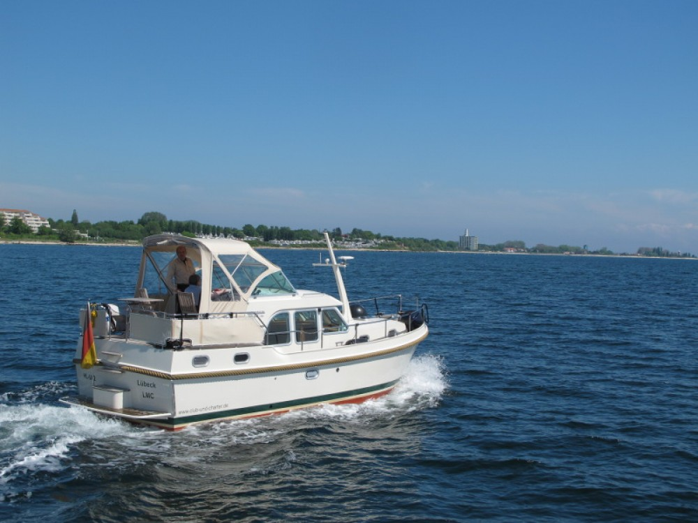 Boat rental Linssen Linssen Grand Sturdy 29.9 AC in  on Samboat