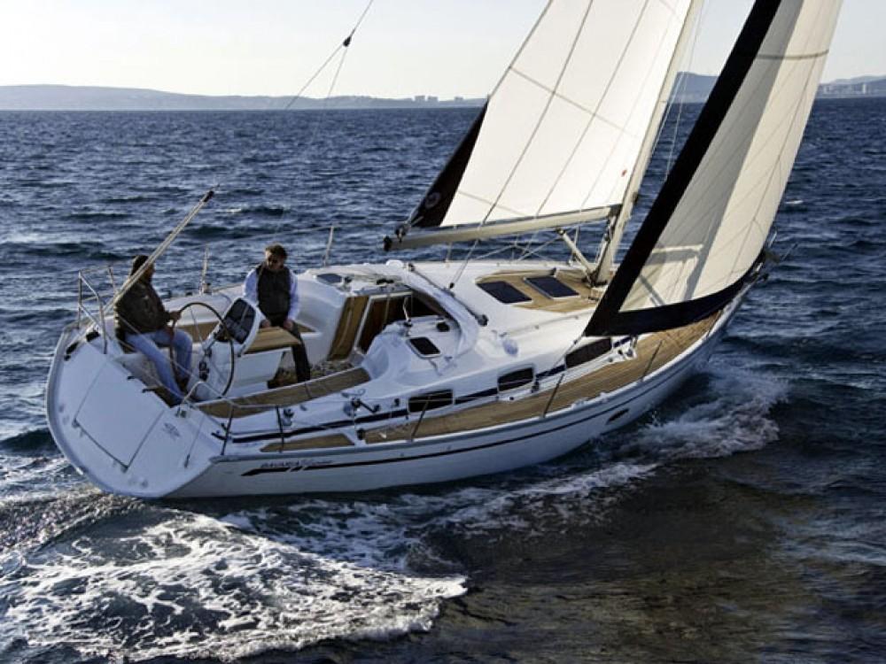 Rental Sailboat in Kröslin - Bavaria Bavaria 34 Cruiser