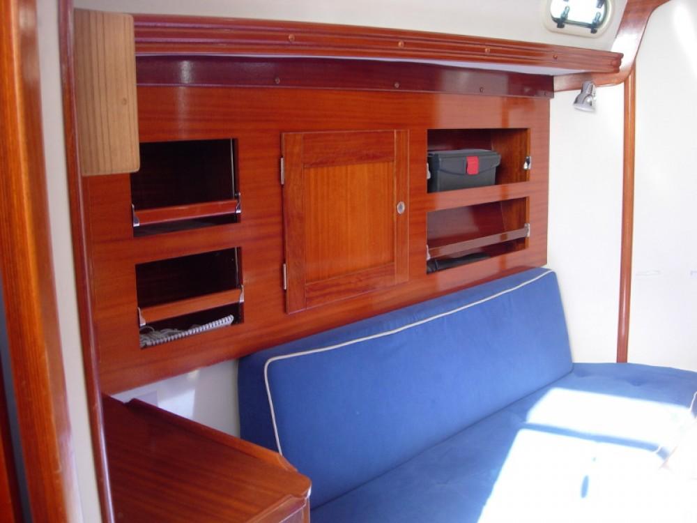 Rental yacht Kröslin - Hanse Hanse 311 on SamBoat