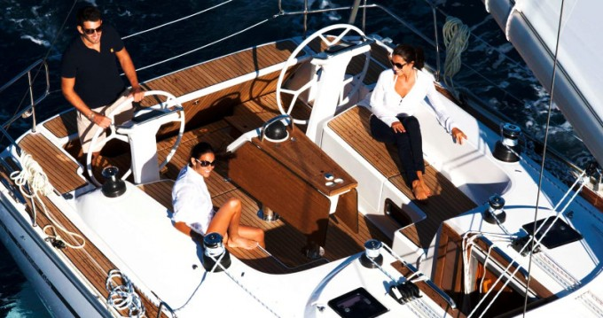 Rent a Bavaria Cruiser 46 Ponta Delgada