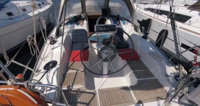 Hire Sailboat with or without skipper Hanse Néos Marmarás