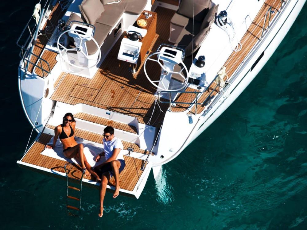 Sailboat for rent Ponta Delgada (São Pedro) at the best price