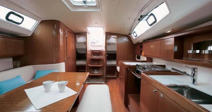 Boat rental Marina di Portorosa cheap Oceanis 43