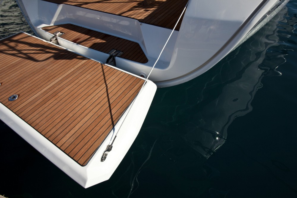 Rental Sailboat in  - Bavaria Bavaria 40 Cruiser S
