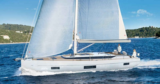 Rental Sailboat in Cascais - Bavaria Bavaria C45
