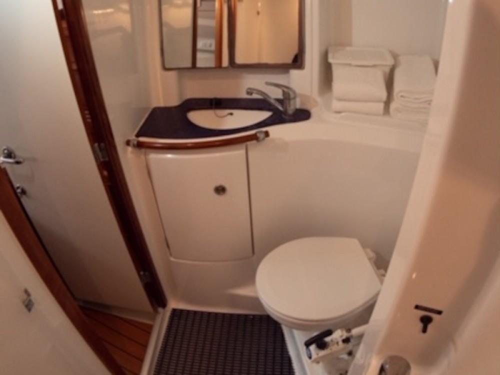 Boat rental Bénéteau Oceanis 473 in Sant Antoni de Portmany on Samboat
