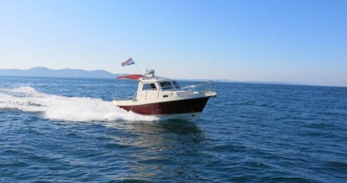 Boat rental Zadar cheap Damor 700
