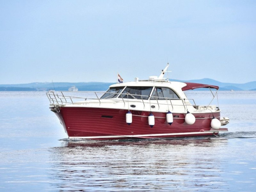 Hire Motorboat with or without skipper Sas Vektor Grad Zadar
