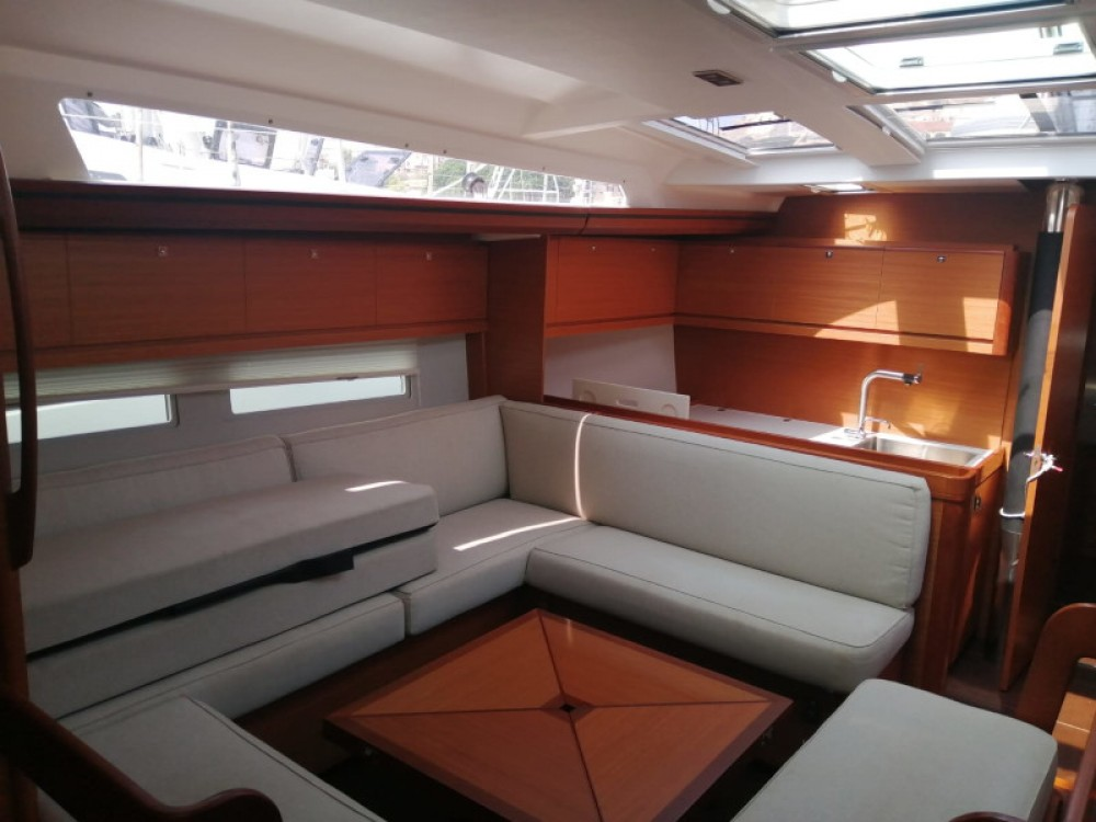 Rental yacht Milazzo - Dufour Dufour 520 Grand Large on SamBoat