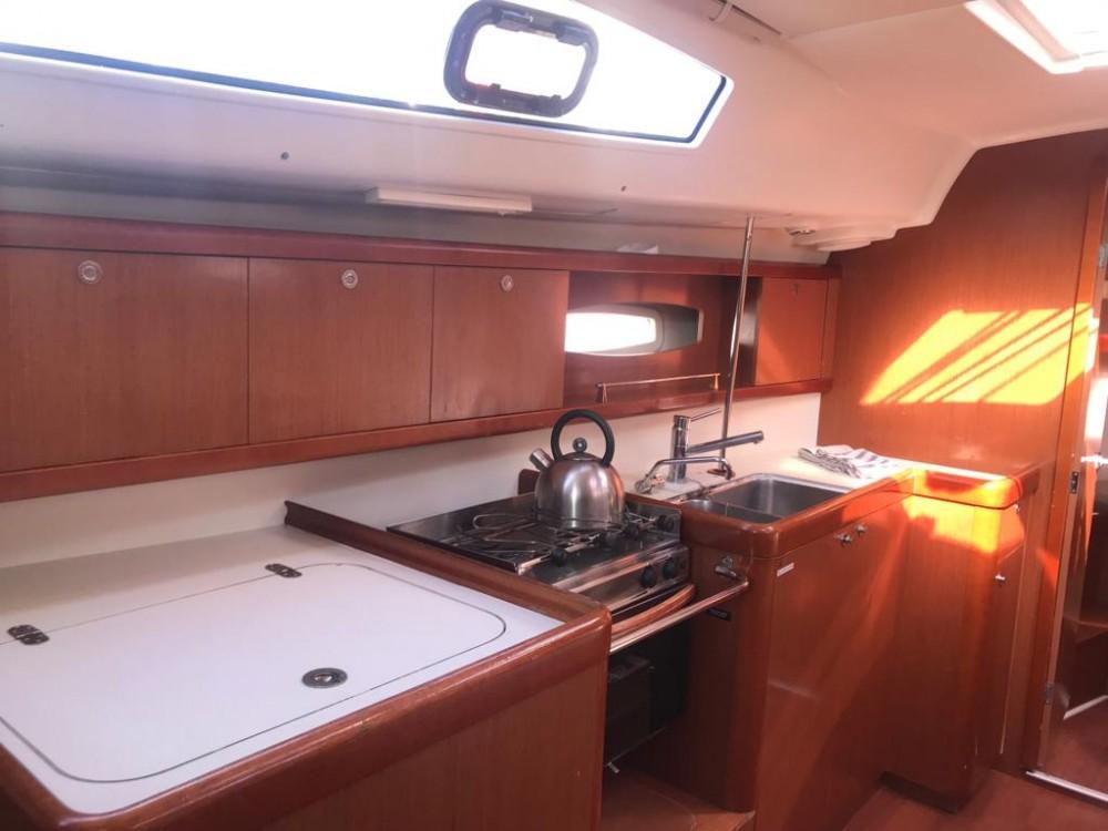 Boat rental Palma de Majorque cheap Oceanis 40