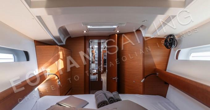 Boat rental Capo d'Orlando cheap Jeanneau S.O.449