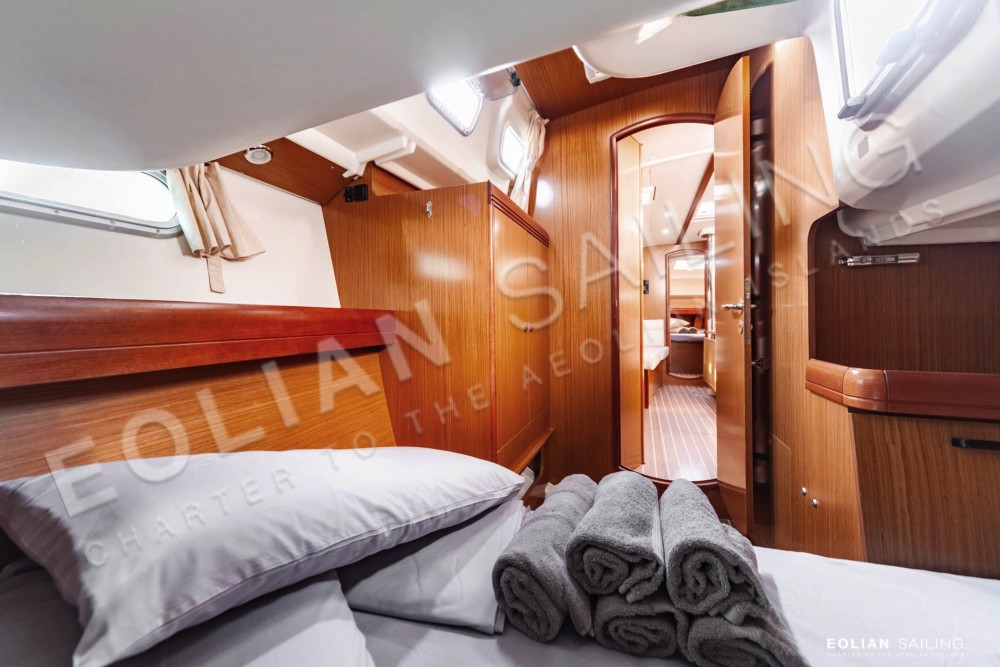 Boat rental Capo d'Orlando cheap Jeanneau S.O. 42i
