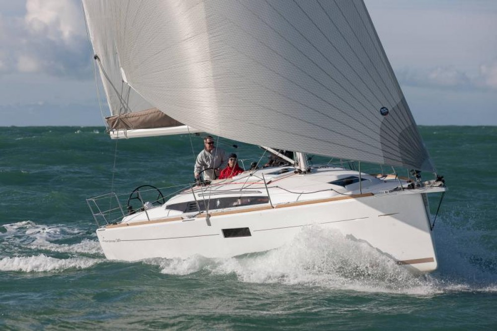 Rental yacht Capo d'Orlando Marina - Jeanneau Sun Odyssey 349 on SamBoat
