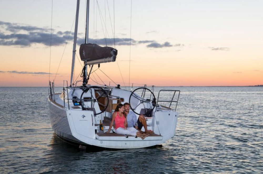 Rental Sailboat in Capo d'Orlando Marina - Jeanneau Sun Odyssey 349