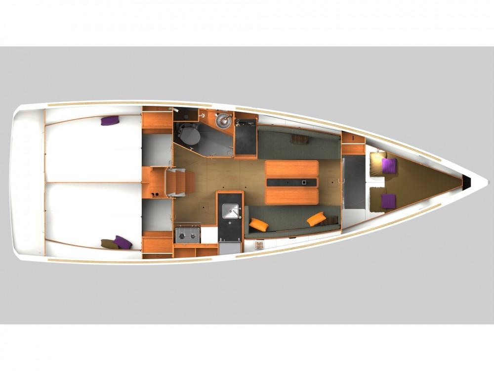 Boat rental Jeanneau Sun Odyssey 349 in Capo d'Orlando Marina on Samboat