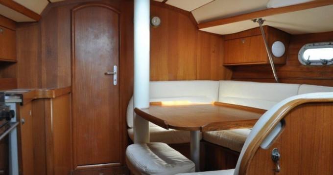 Boat rental Jeanneau Sun Odyssey 33 in Pálairos on Samboat