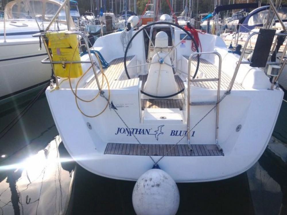 Rental yacht Izola / Isola - Dufour Dufour 325 on SamBoat