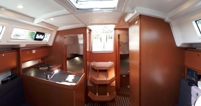 Rental yacht Izola - Bavaria Bavaria 34 Cruiser on SamBoat