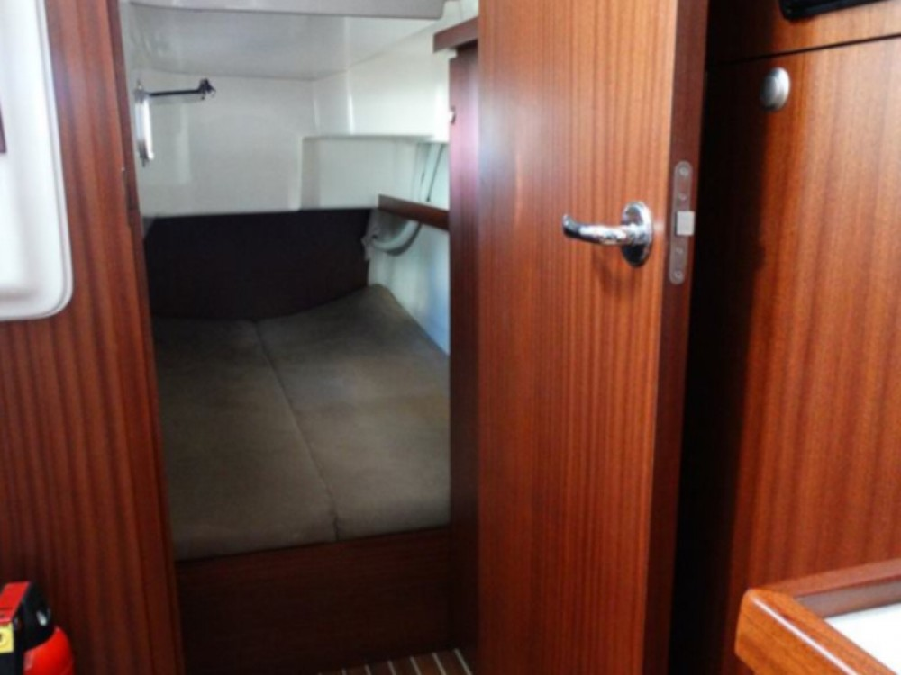 Motor boat for rent Izola / Isola at the best price