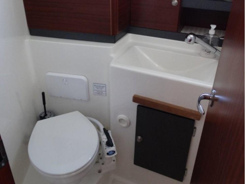 Boat rental Izola / Isola cheap Delphia 1050 Escape