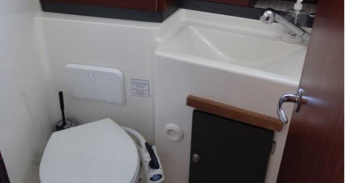 Rental yacht Izola - Delphia Delphia 1050 Escape on SamBoat