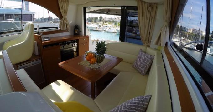 Rental yacht  - Bénéteau Antares 30 Fly on SamBoat