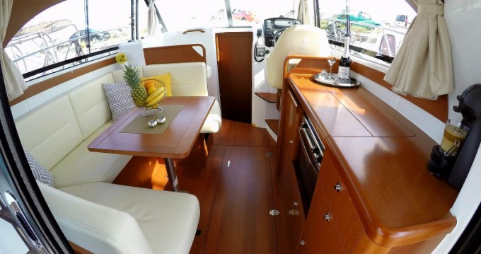 Bénéteau Antares 30 Fly between personal and professional