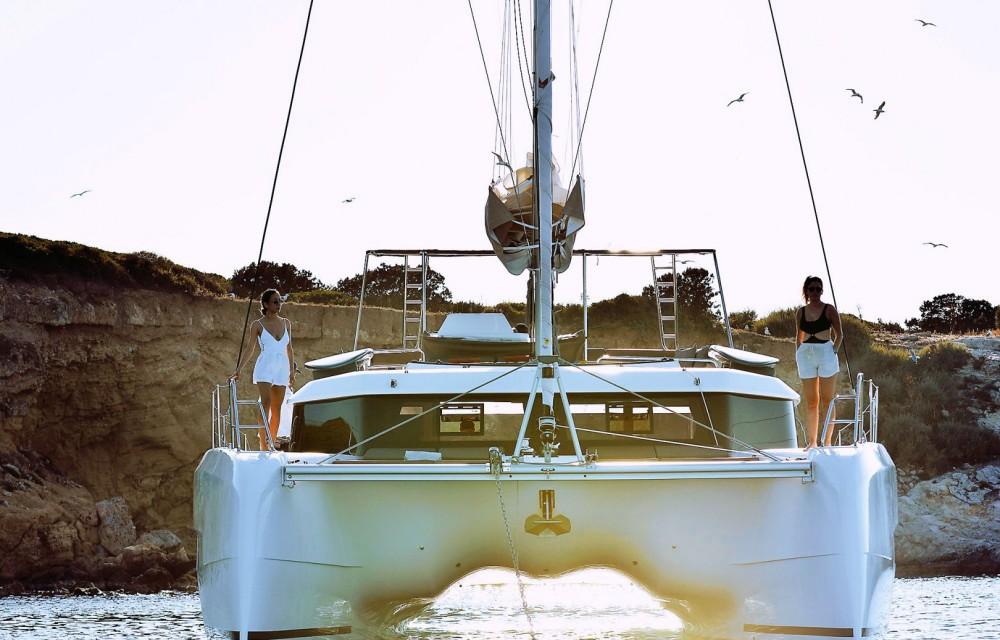 Boat rental Álimos cheap Dufour 48