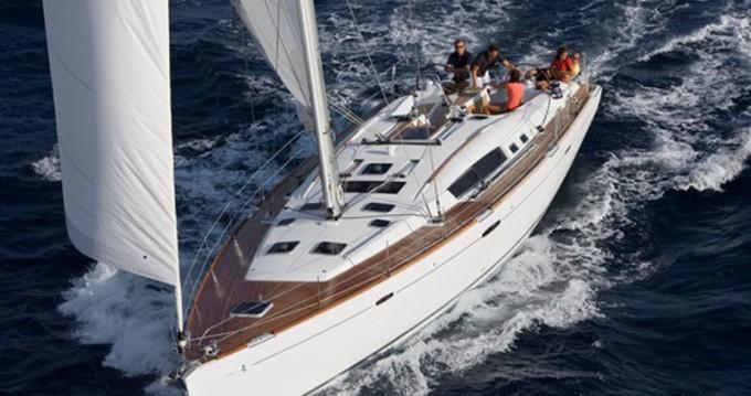 Bénéteau Oceanis 54 between personal and professional San Vincenzo