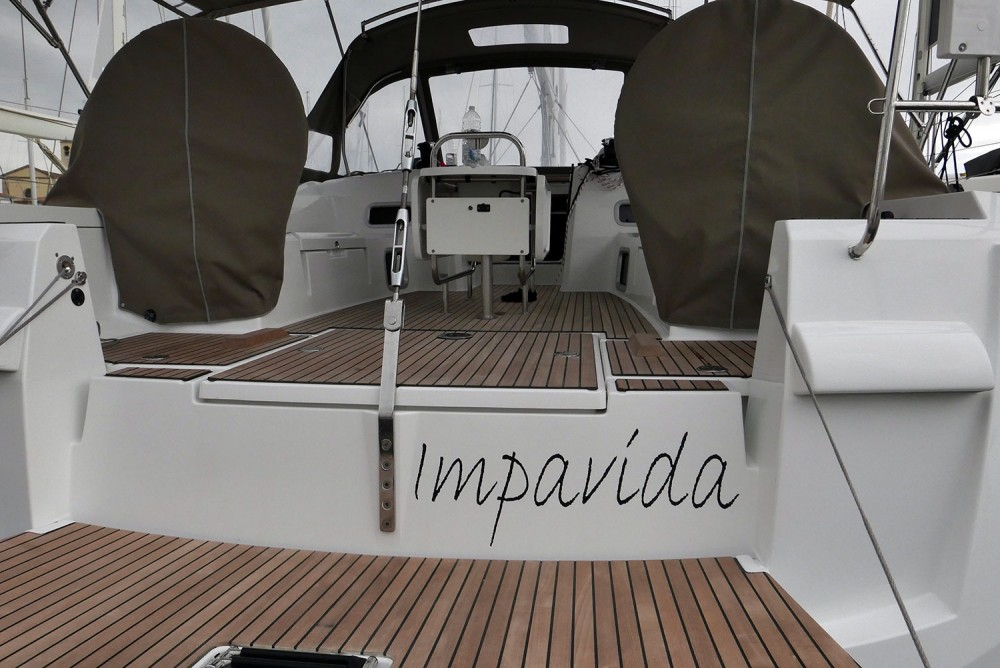 Rental Sailboat in San Vincenzo - Jeanneau Sun Odyssey 519