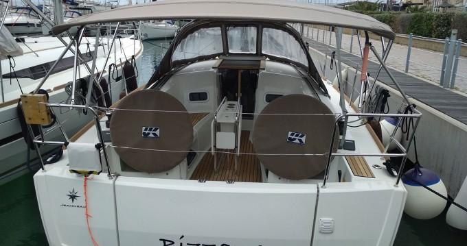 Boat rental San Vincenzo cheap Sun Odyssey 349