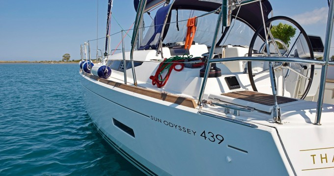 Rental Sailboat in Municipal Unit of Lefkada - Jeanneau Sun Odyssey 439