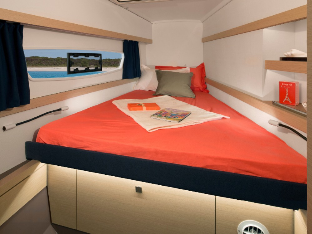 Boat rental  cheap Fountaine Pajot Lucia 40