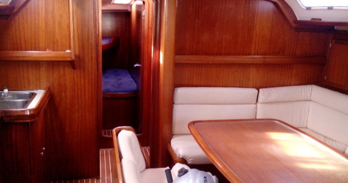 Boat rental Bavaria Bavaria 47 in Rhodes on Samboat