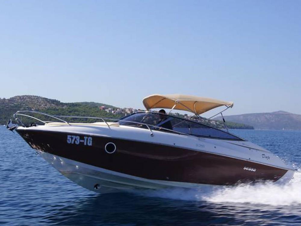 Rental Motorboat in Trogir - SESSA Sessa Marine S26