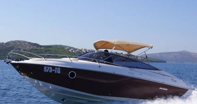 Rental yacht Trogir - Sessa Marine Sessa Marine S26 on SamBoat
