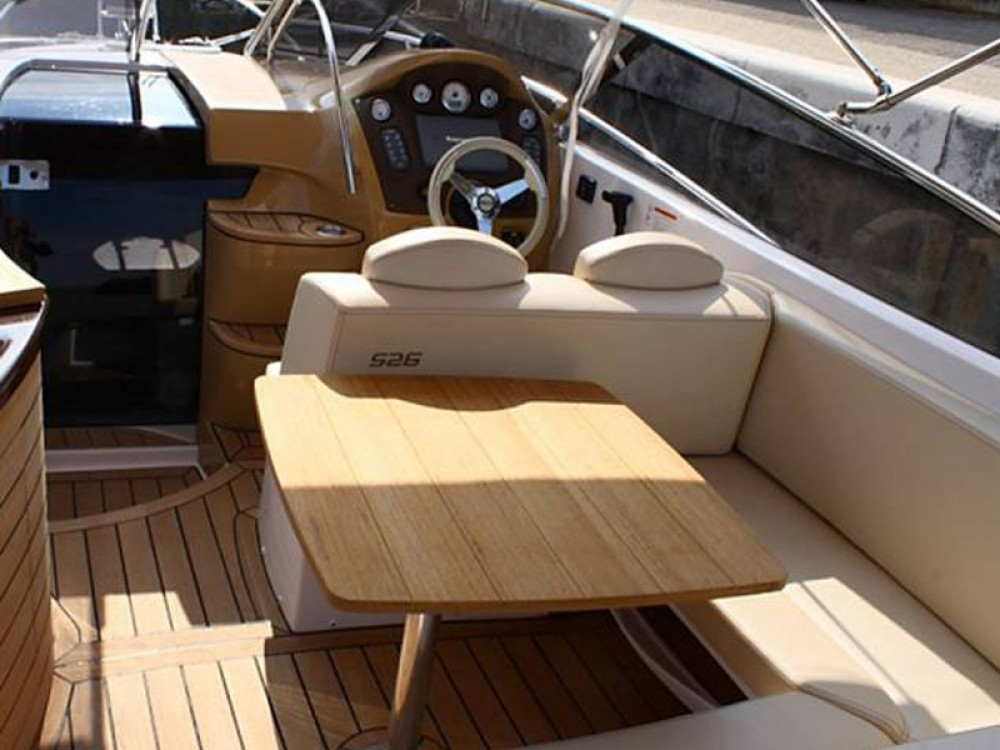 Rental Motorboat SESSA with a permit