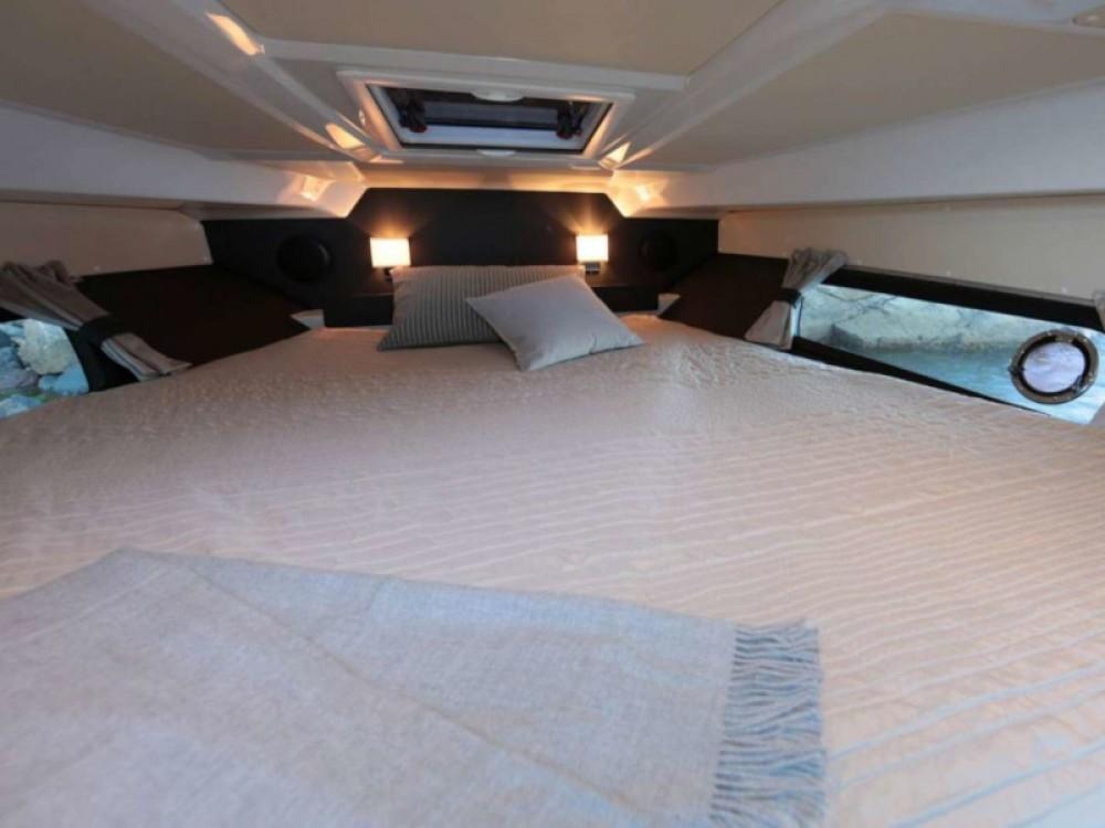 Boat rental Trogir cheap Grandezza 28 0C