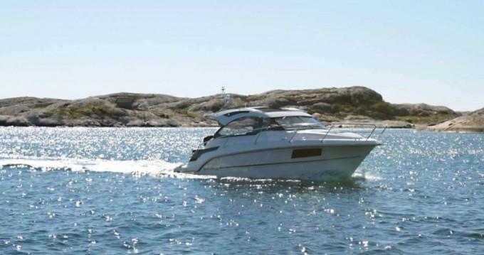Boat rental Grandezza Grandezza 28 0C in  on Samboat