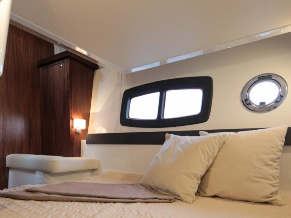 Rental Motorboat in Trogir -  Grandezza 34 OC