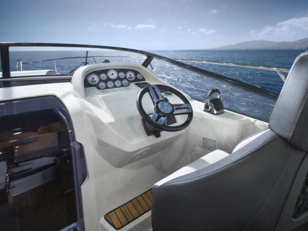 Boat rental Trogir cheap Bavaria S32 Open