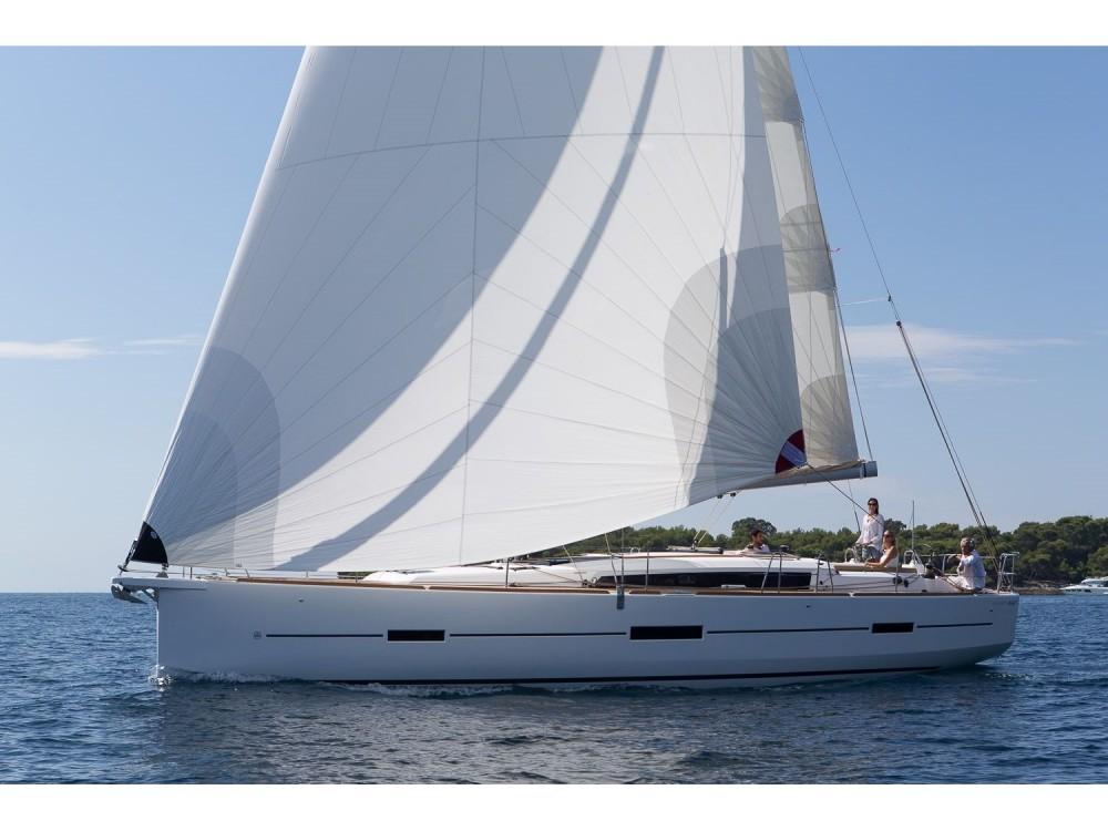 Boat rental Dufour Dufour 460 GL '18 in Sukošan on Samboat