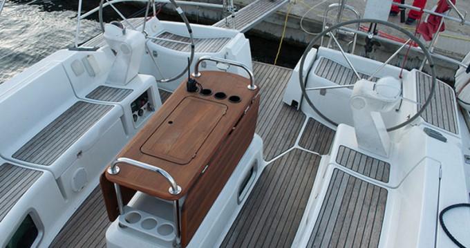 Rental Sailboat in Castiglioncello - Jeanneau Sun Odyssey 45