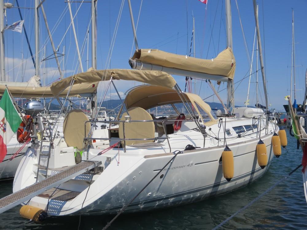 Boat rental Jeanneau Sun Odyssey 45 in Fezzano on Samboat