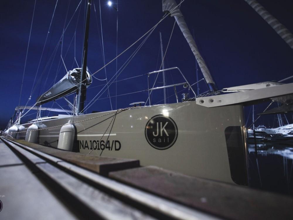Rental Sailboat in Castellammare di Stabia - Bavaria Bavaria Cruiser 57