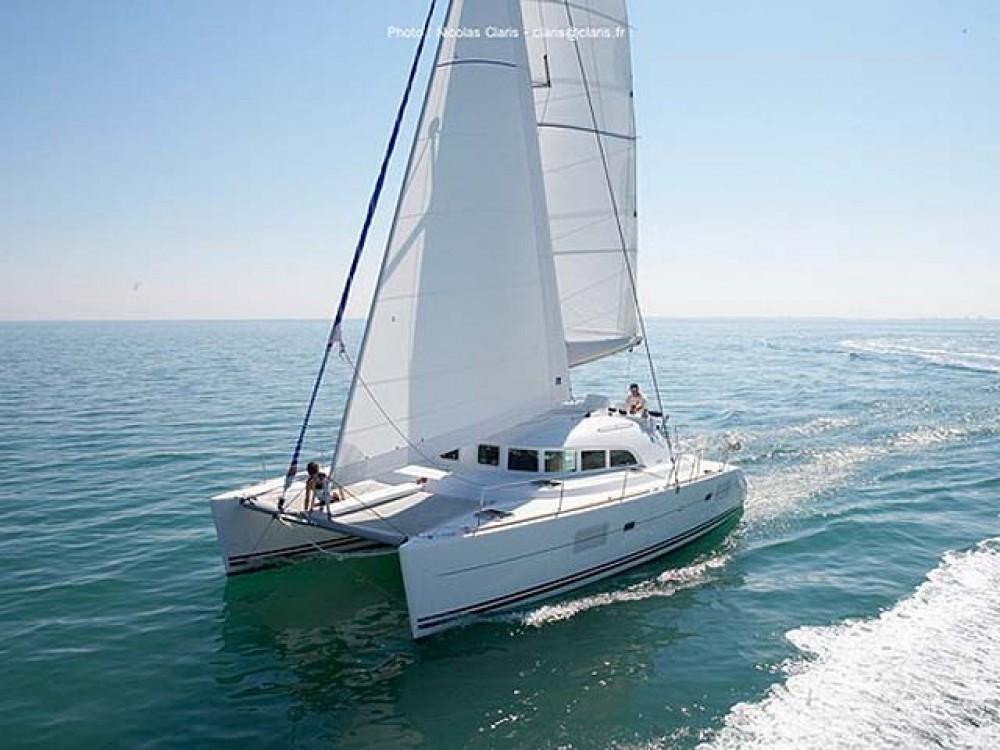 Boat rental Alimos Marina cheap Lagoon 380 S2